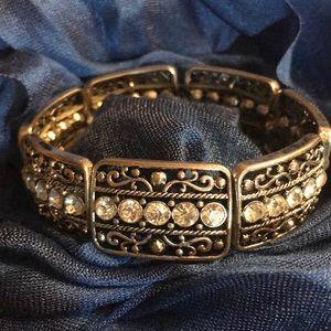 EXQUISITE DIAMOND BRACELET